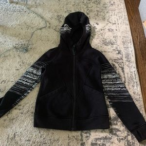 Black Ivivva girls hoodie, 8, great condition.